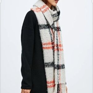 Urban Outfitters BDG Oversized Plaid Blanket Scarf